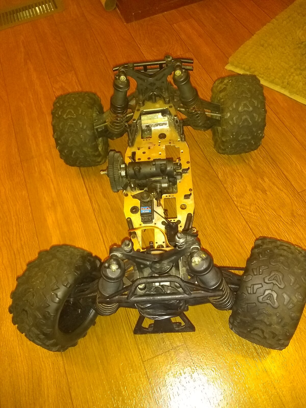 Can you help me identify this monster truck? | RC Talk Forum
