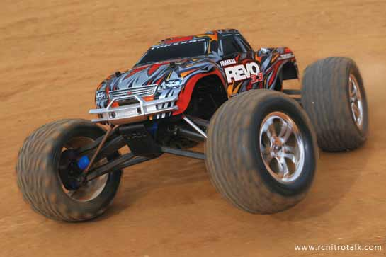 Traxxas Revo 3.3 Action shot