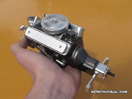 rc4wd v8 engine size in hand