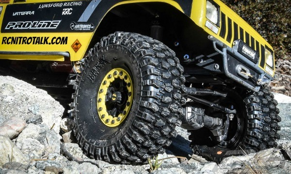 "Pro-Line Hyrax 1.9"" rock crawling tires"