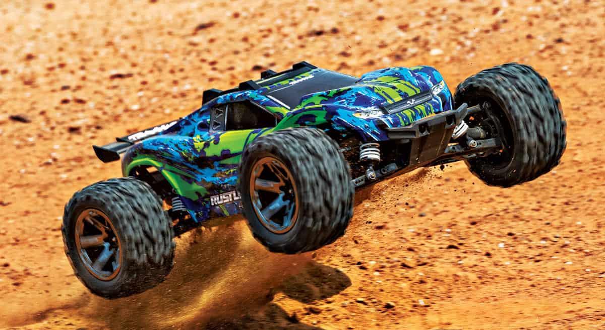 Traxxas introduces new Rustler 4×4 VXL