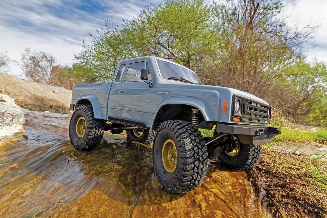 Associated Enduro Trail Truck